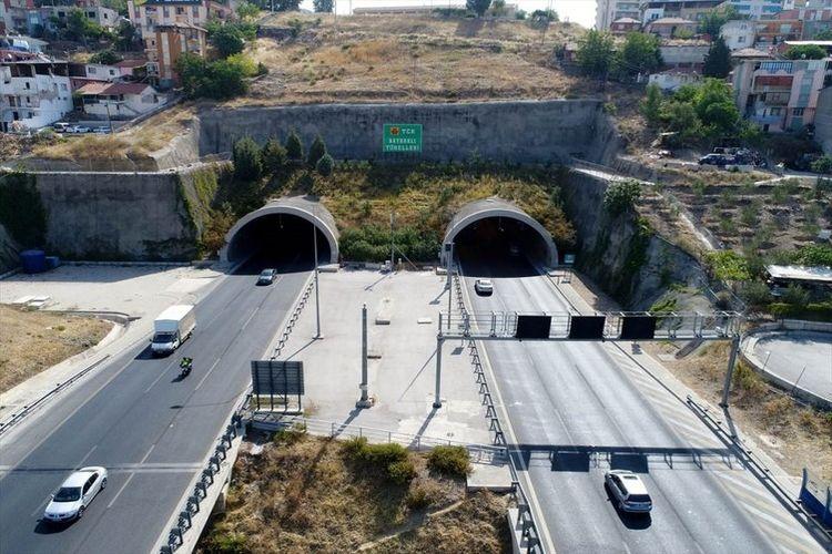 İzmir'in dağlarına nefes aldıran tüneller