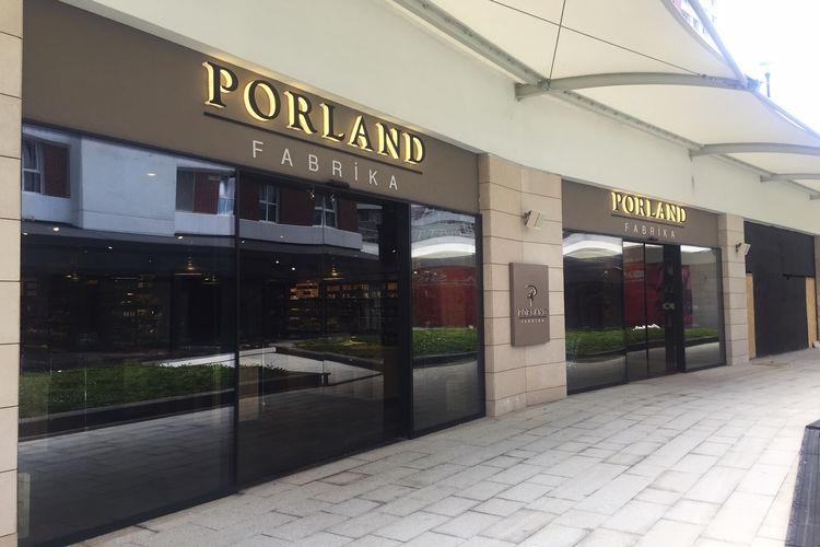 Porland'ın yeni konsteptli mağazası oasis designer outlet açıldı
