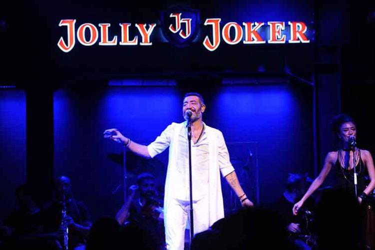 Jolly Joker İstMarina'da Hakan Altuğ Rüzgarı Esti