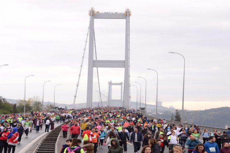 Beşiktaş Futbol Takımı Teknik Kadrosu sabah maratonda akşam maçta