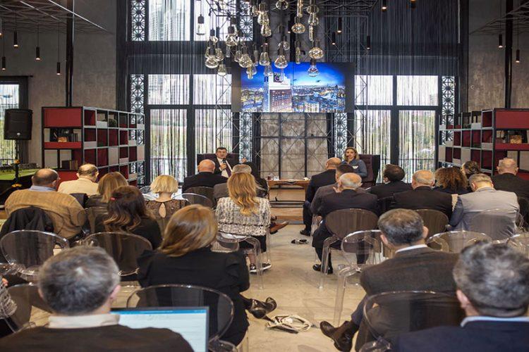 Sinpaş Finans Şehir tanıtım ofisinde ekonominin nabzı tutuldu