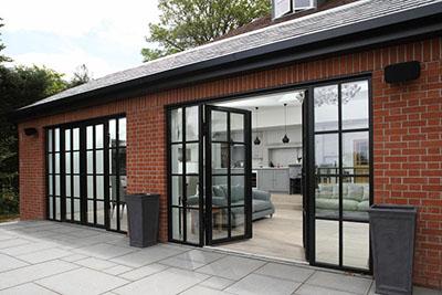 Reynaers'ten Slimeline 38 dış kapı ve pencere sistemleri