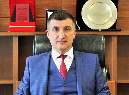 Mahmut Dereli: Bekle–gör sürecine geçiren bu durumun netleşmesiyle konut satışlarında bir hareketlilik başlayacaktır