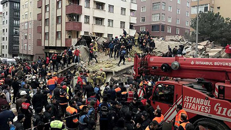 Kartal'da çöken binanın yanındaki Yunus apartmanı yıkılacak