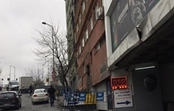 Bahçelievler'de 11 katlı bina riskli olduğu için mühürlendi