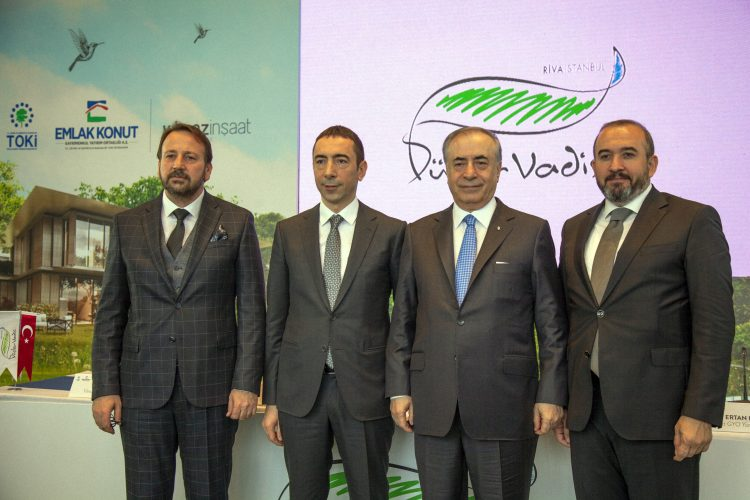 Galatasaray Florya arazisinin tapusunu Emlak Konut'tan geri aldı