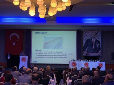 TÇMB Antalya'da beton yol uygulamalarını anlattı