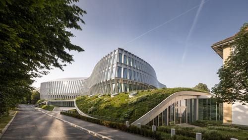 Şişecam Düzcam T buluşmalarında iki ünlü mimarı ağırlayacak