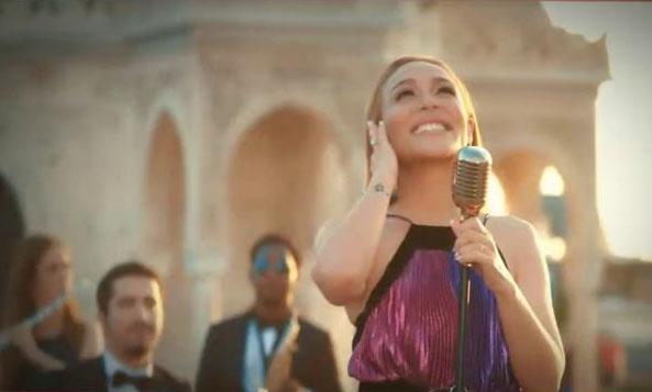 İzmir AllSancak projesinin reklam yüzü Ziynet Sali oldu