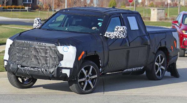 Toyota Tundra 2021 modeli ortaya çıkmaya başladı