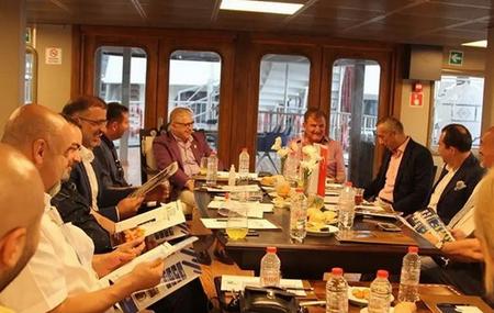 Anadolu Feneri Vapuru toplantı ve etkinliklerin yeni adresi oldu
